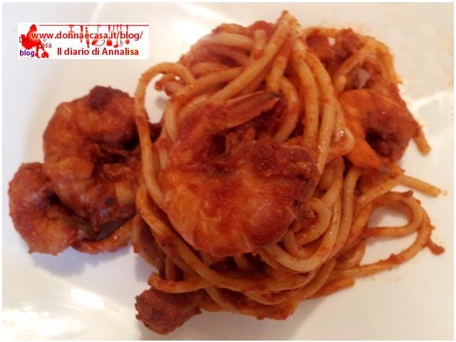 spaghetti ai gamberi dall'alto