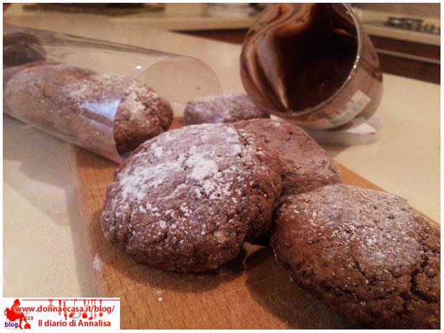 biscotti morbidi alla nutella con vasetto