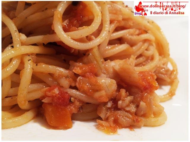spaghetti ragu platessa da vicino