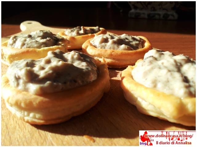 Voulevant stuffed with cream of mushroom