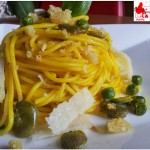 Spaghetti with beans peas and saffron