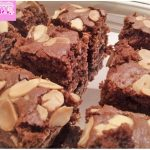 Brownies chocolate almonds