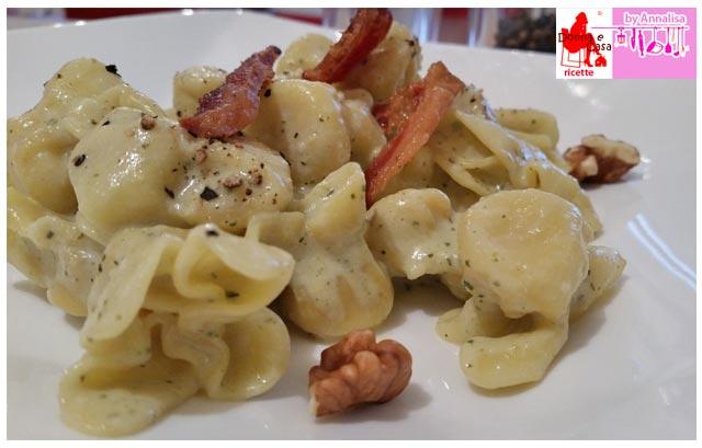ravioli speck crema zucchine noci