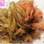 Pasta with cream of broccoli and shrimp
