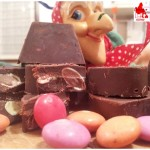 Chocolates extra dark with smarties